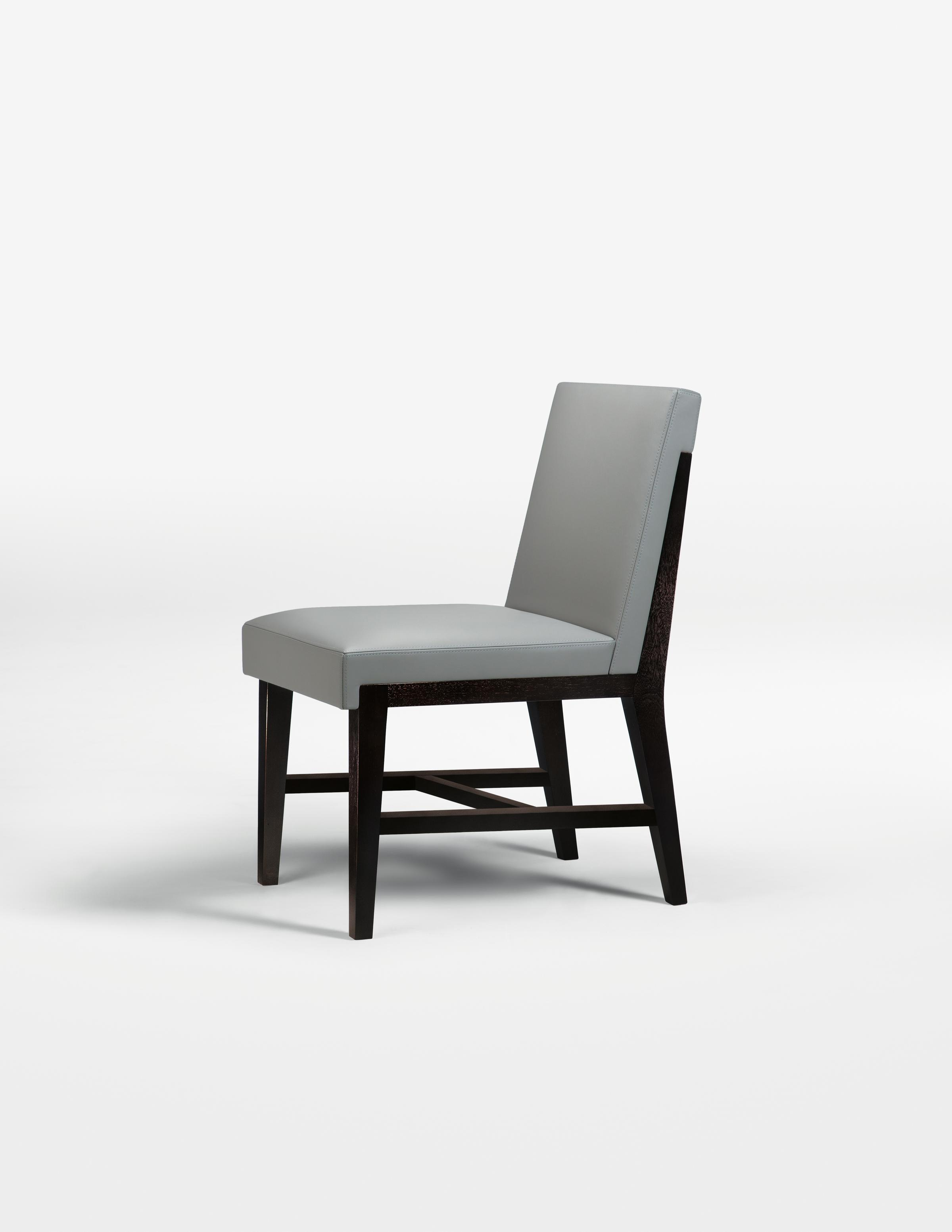 Hampton Dining Side Chair with stretcher