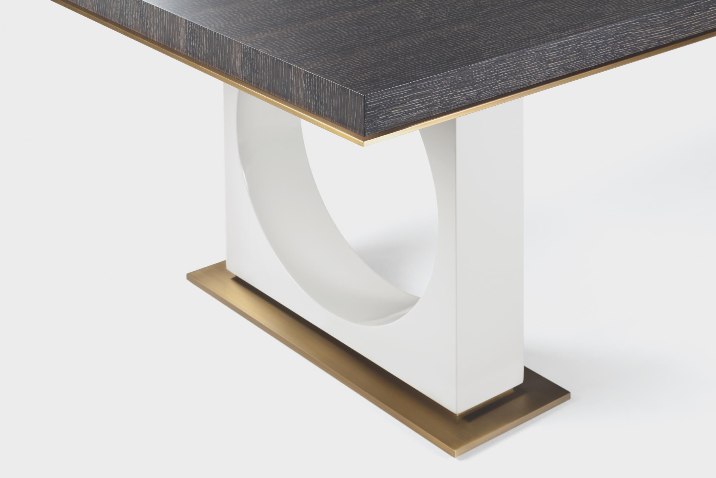 Ring Dining Table