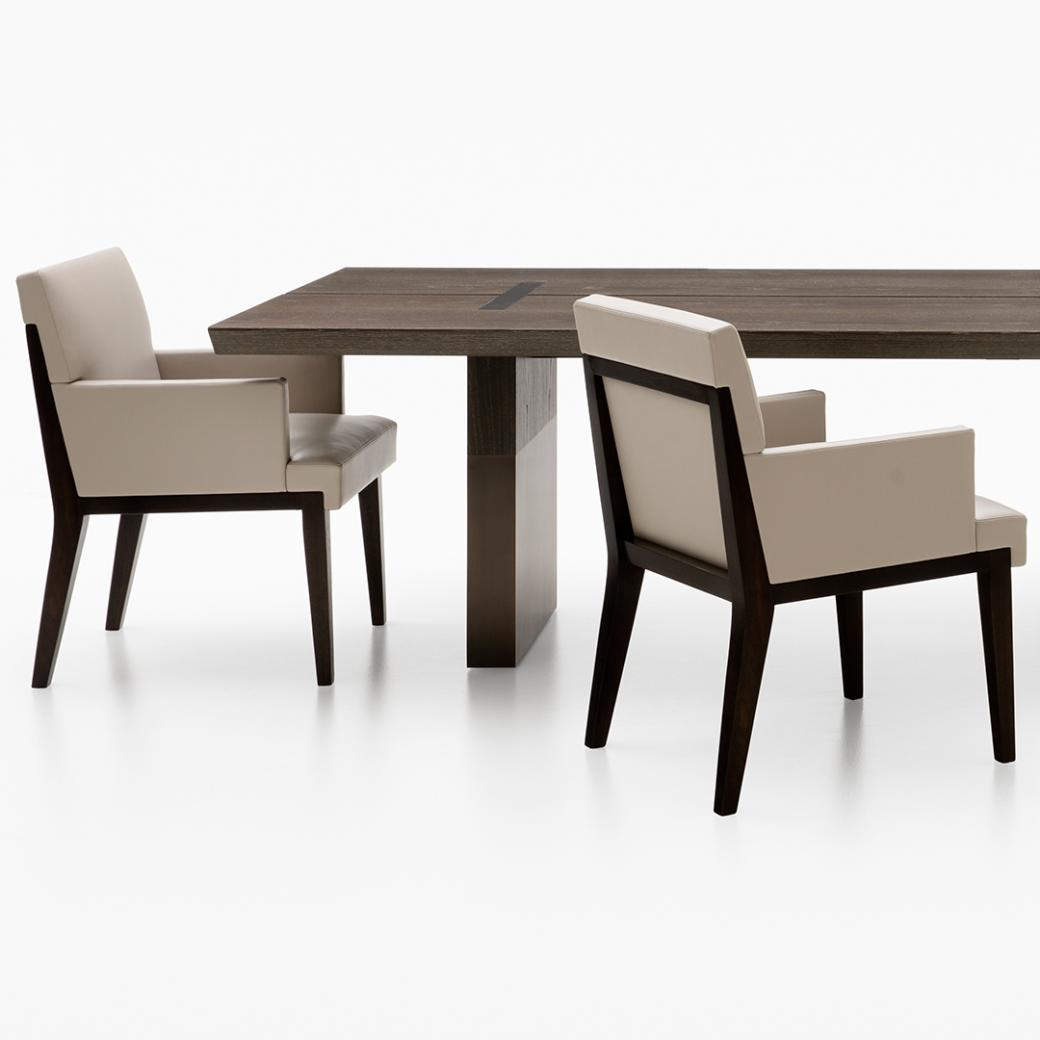 HOLLY HUNT Split Dining Table and Dining Chairs