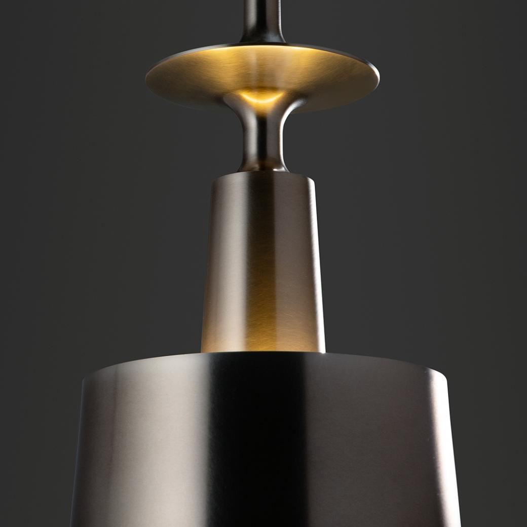 HOLLY HUNT Studio Lighting Summit Pendant