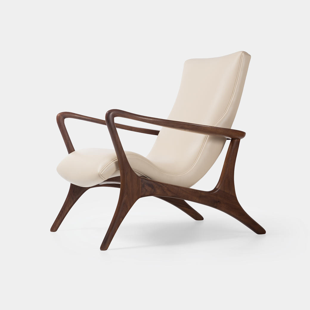 Contour Low Back Lounge Chair