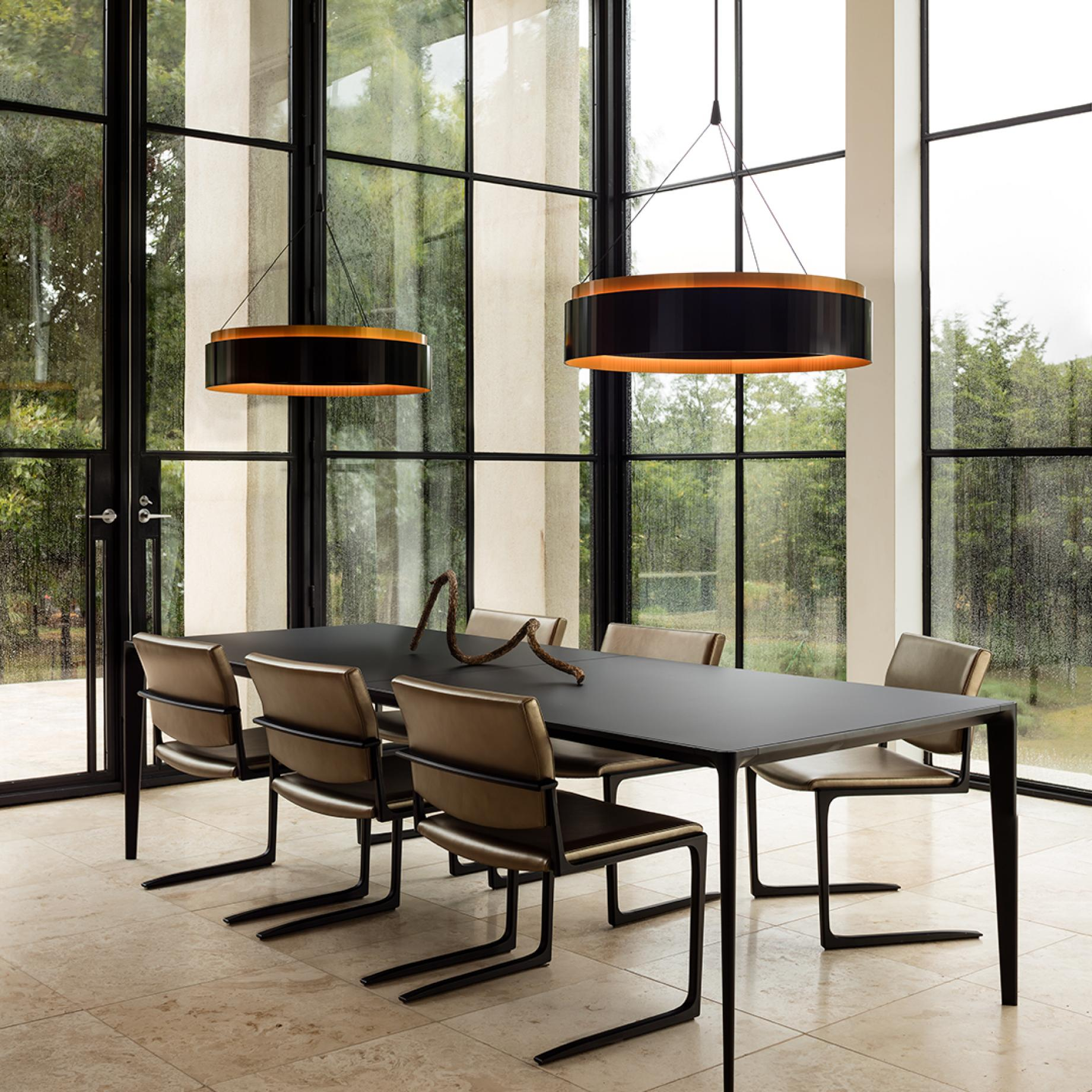 HOLLY HUNT Studio Shadow Dining Table and Chairs