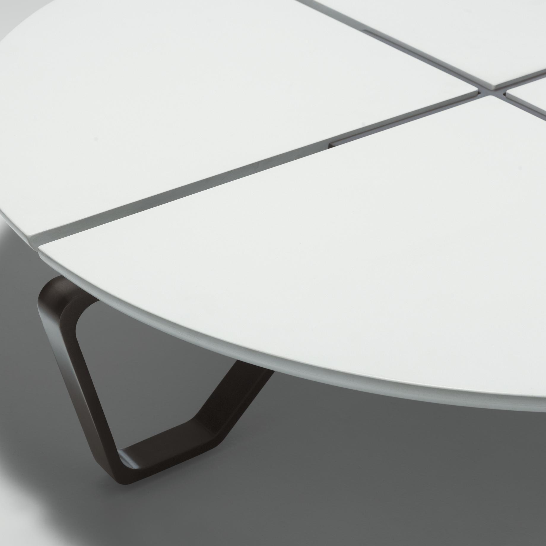 Meduse Round Cocktail Table