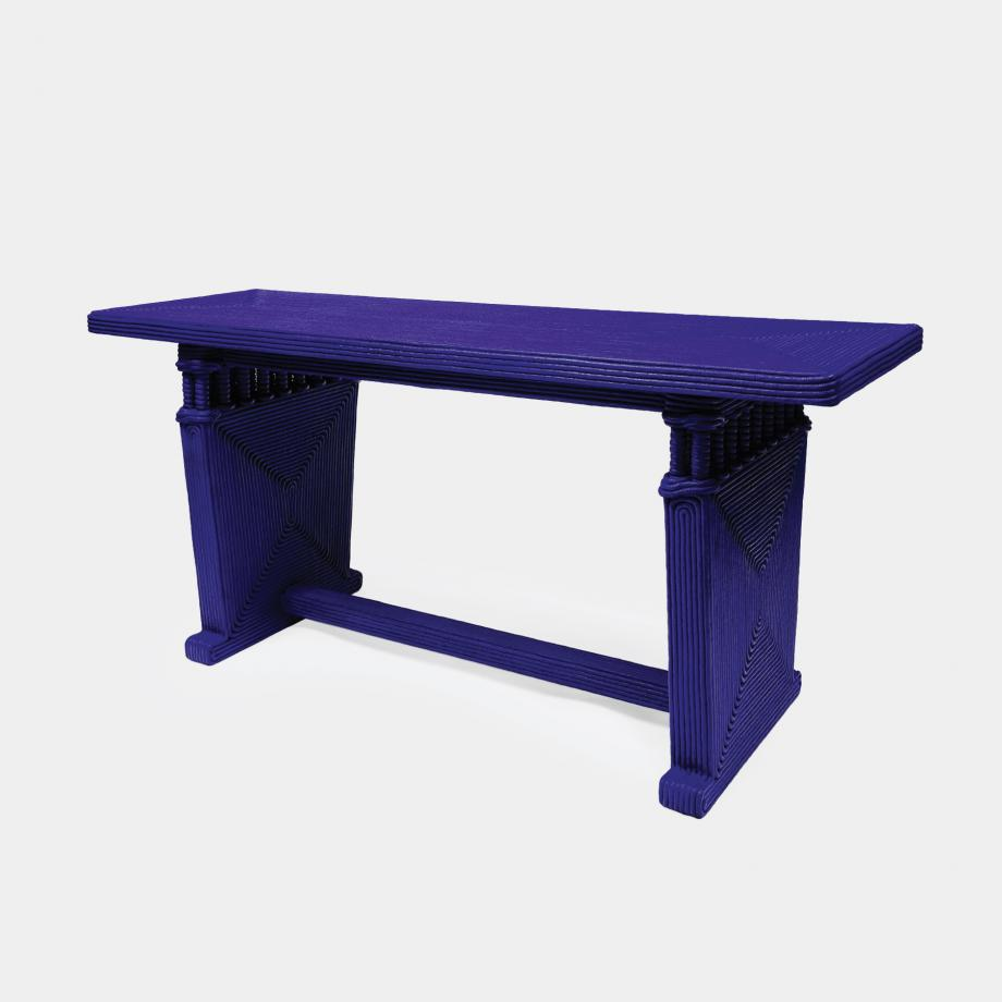 Colote Table