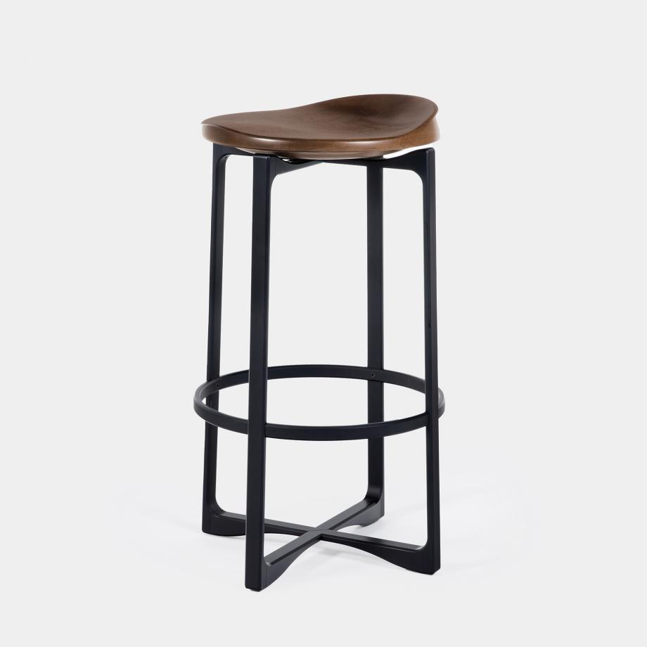 Pepper Counter Stool Shadow Black Base, Walnut Cinder Seat