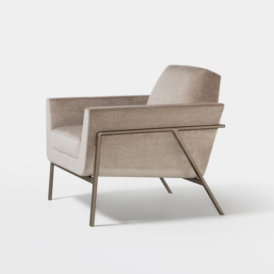 Stilt Coupe Lounge Chair